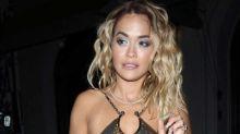 Rita Ora: Dieses Metallic-Top zeigt fast alles