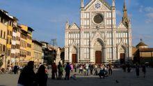 Turista morre em Florença atingido por pedra que caiu de uma igreja