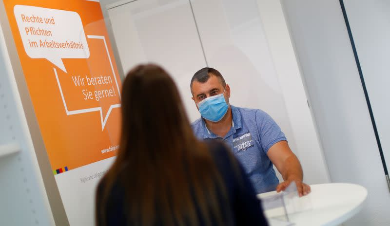 COVID-19 pandemic derails Germany's push for migrant integration