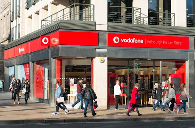 Vodafone customers given second chance to ditch contracts scot-free