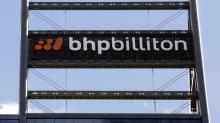 Producción de mineral de hierro de BHP sube 8 pct en 1er trim, baja previsión de cobre