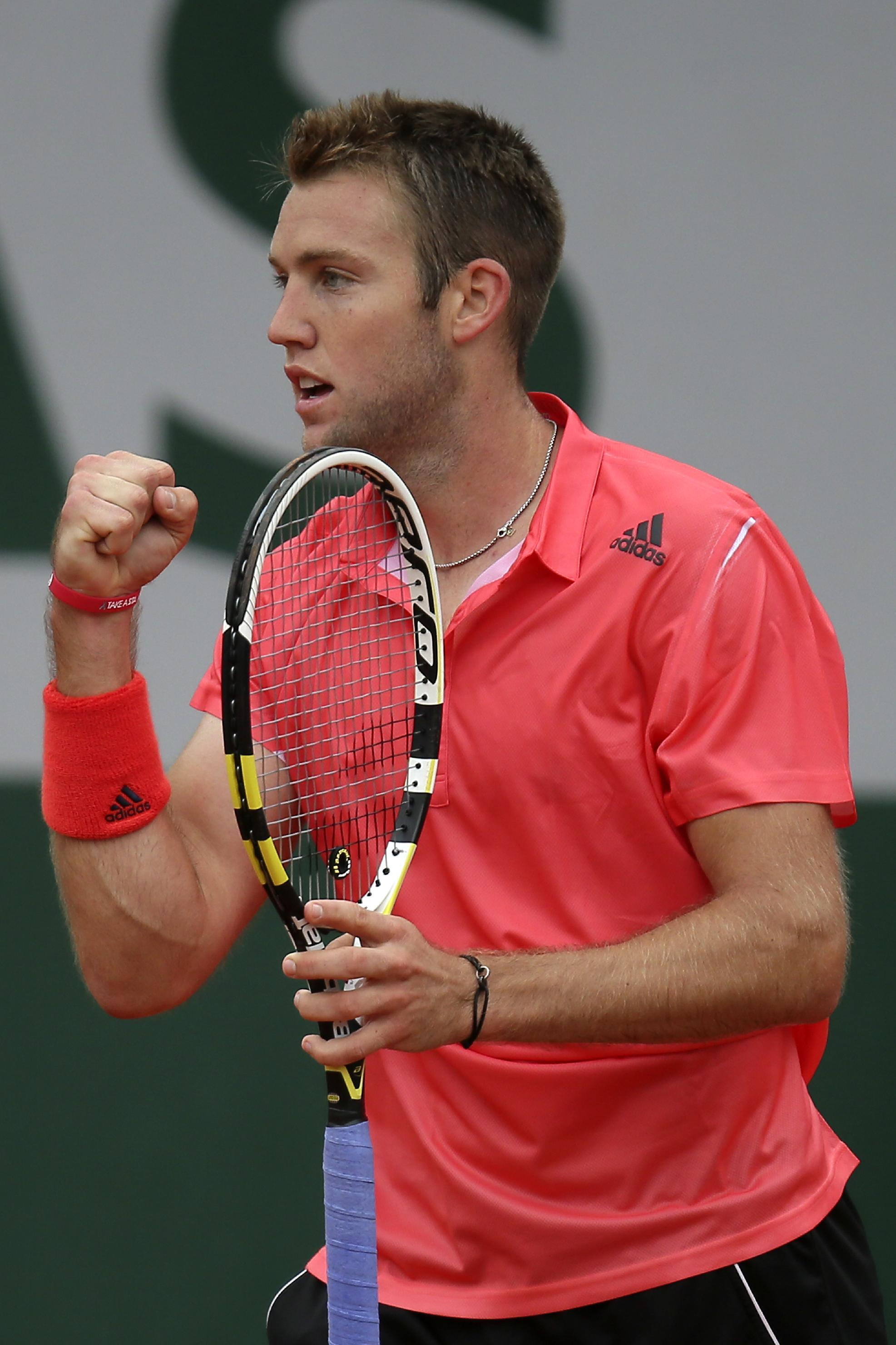 american sock ousts dimitrov on 39 favorite surface 39 in paris. Black Bedroom Furniture Sets. Home Design Ideas