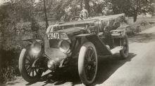 La actriz que en 1914 inventó un eficaz método para indicar cuándo un coche iba a girar o frenar