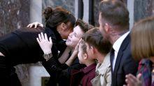 Family-Goals: Die Beckhams bei Mama Victorias Fashion-Show