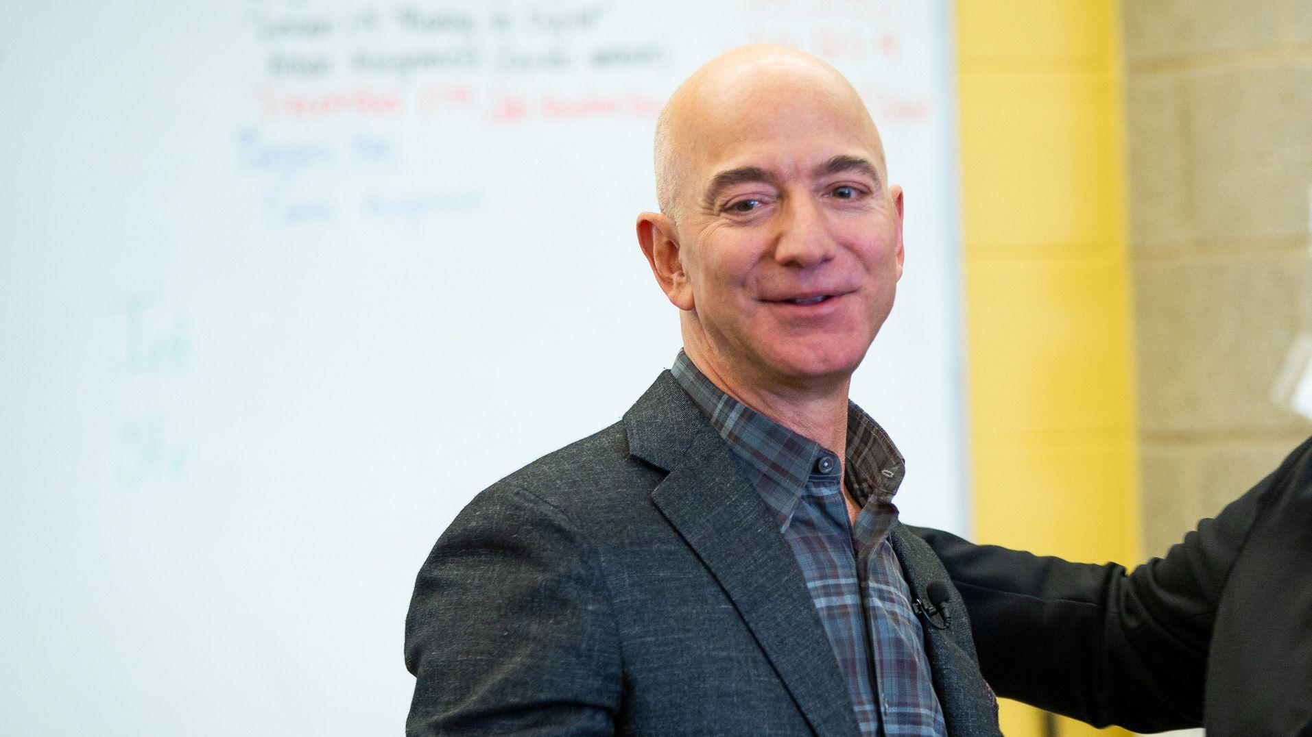 Bezos takes reigns at Amazon amid coronavirus