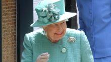 Das schenkt die Queen ihren Angestellten