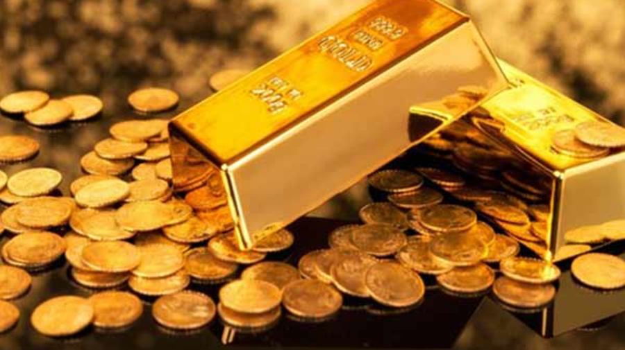 Gold prices hover near record highs: Rs 49048 per/10 gm