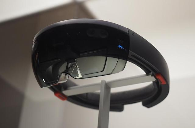 Microsoft has $500K in prize money for HoloLens science projects