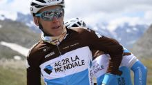 Cyclisme - Route d'Occitanie - Route d'Occitanie : chute de Romain Bardet, touché au genou et au coude