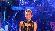 WOWtv - Miley Cyrus Vacations Alone in the Bahamas Without Liam