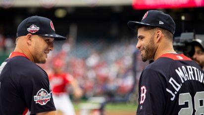 MLB mega-deals show league is healthy