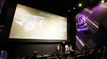 MegaBox UA 戲院 十周年 4大更新 ! 情侶座影院$130包爆谷、汽水、叉電