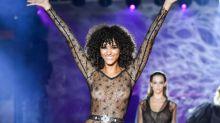Durchsichtige Catsuits von Etam erobern die Paris Fashion Week