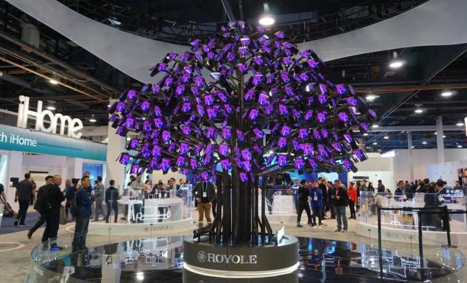 Royole Flexpai tree