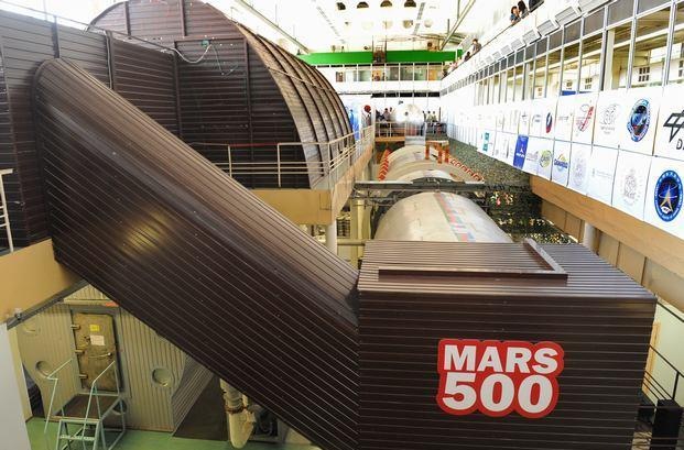 Moscow Mars flight simulation comes to close after 520 days