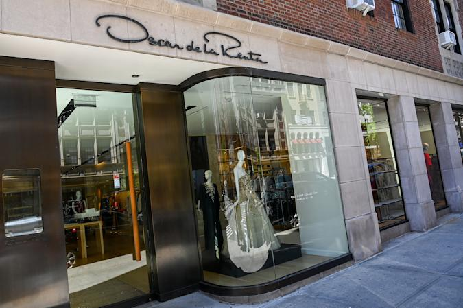 NEW YORK, NEW YORK - MAY 20: Oscar de la Renta is closed during the COVID-19 pandemic on May 20, 2020 in New York City. COVID-19 has spread to most countries around the world, claiming over 328,000 lives with infections of over 5 million people. (Photo by Ben Gabbe/Getty Images)
