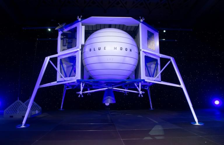 Kent's Blue Origin announces team to return Americans to Moon by 2024