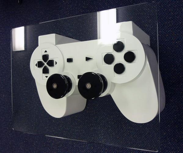 Visualized: PlayStation controller table, or the things men do when in love