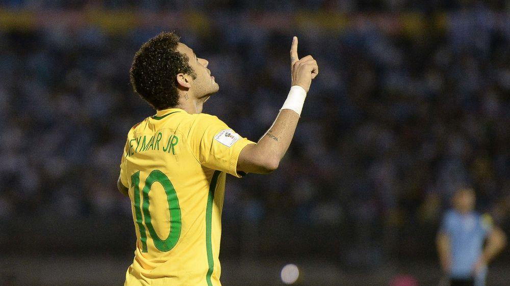 Golaço absurdo, artilheiro, líder de assistências e jogador mais letal das Eliminatórias: quem para Neymar?
