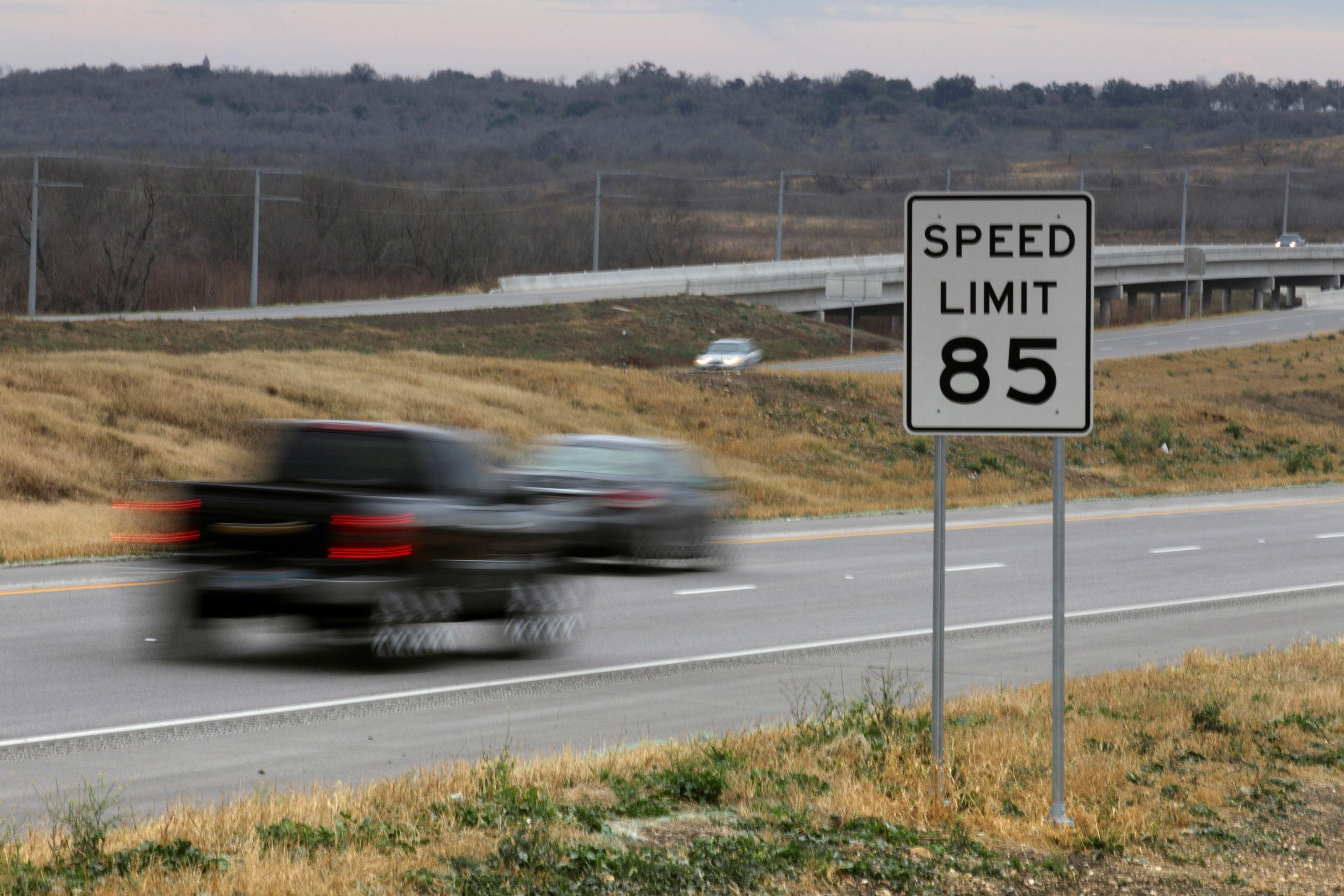 A California legislator proposing no speed limit on a highway is in keeping with higher limits in other states. In Texas, you can go 85 mph.