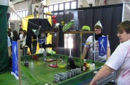 National Rube Goldberg Machine Contest of '08 makes us feel lazy