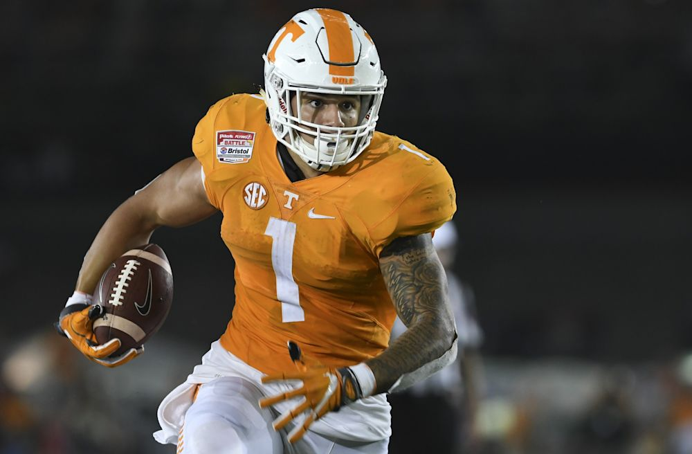 Jalen Hurd has 407 rushing yards and two touchdowns in 2016. (Getty)