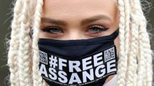 La justice britannique se penche sur la demande d'extradition d'Assange