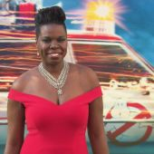 Hollywood Rallies Behind 'SNL' Star Leslie Jones After Her Personal Website Is Hacked