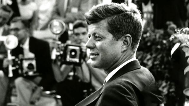 Why were JFK autopsy photos kept from Warren Commission investigators?