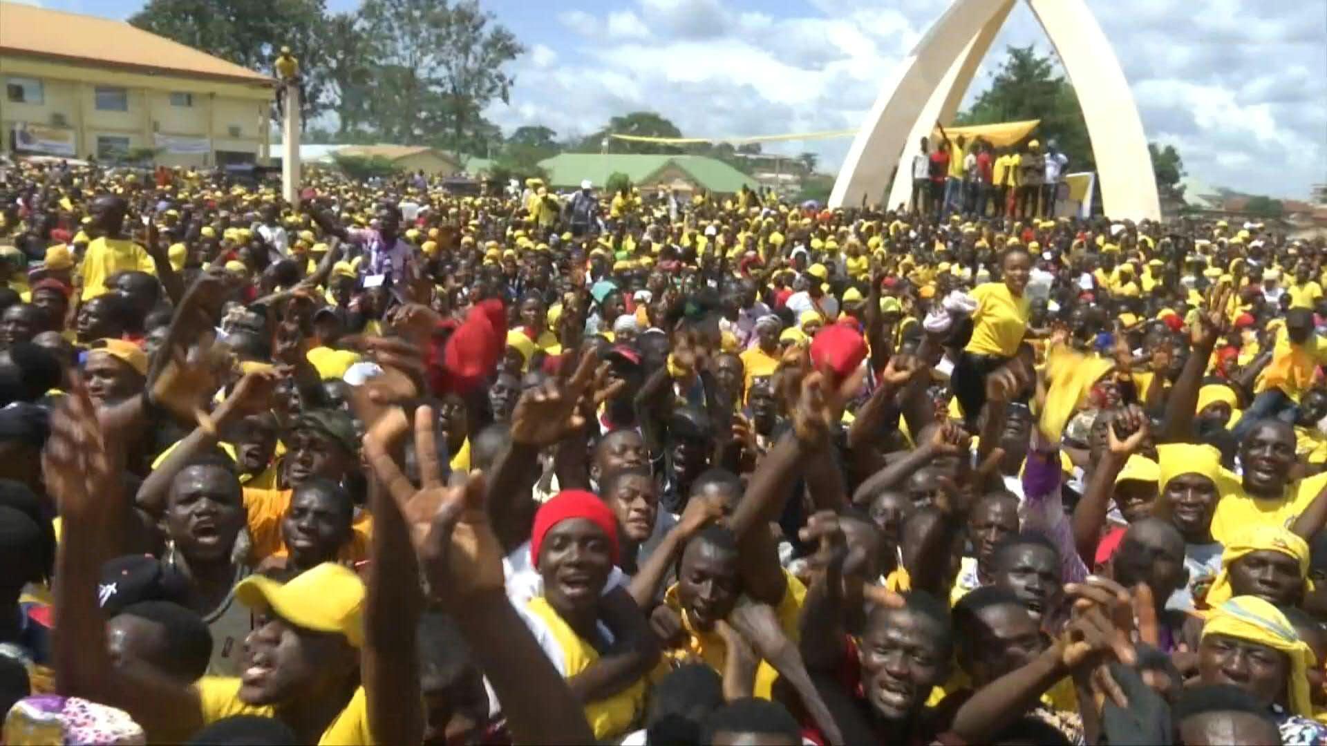 Guinée: le président Alpha Condé en campagne pour un 3e ...Les Ondes De Guinee