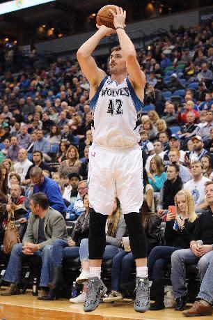 AP source: Wolves, Warriors restart Love talks