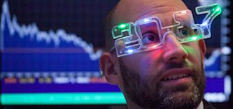 Stock market forecasters see major gains in 2018