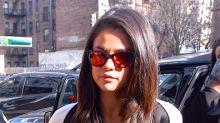 Maratón de looks para Selena Gomez