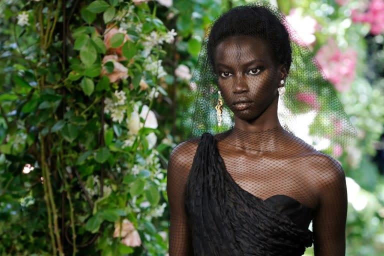 Fortes et gracieuses: les femmes Dior, ces