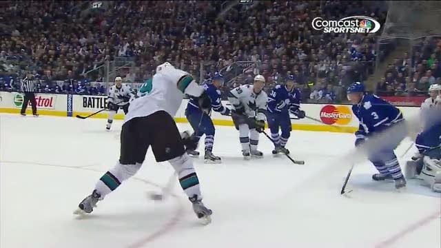 Pavelski sets up Thornton on 5-on-3 PPG