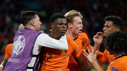 Netherlands edge Ukraine in frantic Group C opener