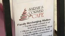 Pennsylvania restaurant offers discount for families who have phone-free meals