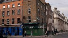 Irish health chiefs recommend return to full lockdown: RTE