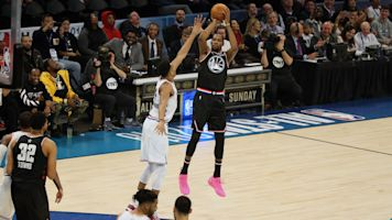 KD shows out for Team LeBron in All-Star game