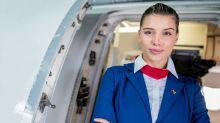 Drei Wahrheiten darüber, wie gut Flugbegleiterinnen wirklich aussehen müssen