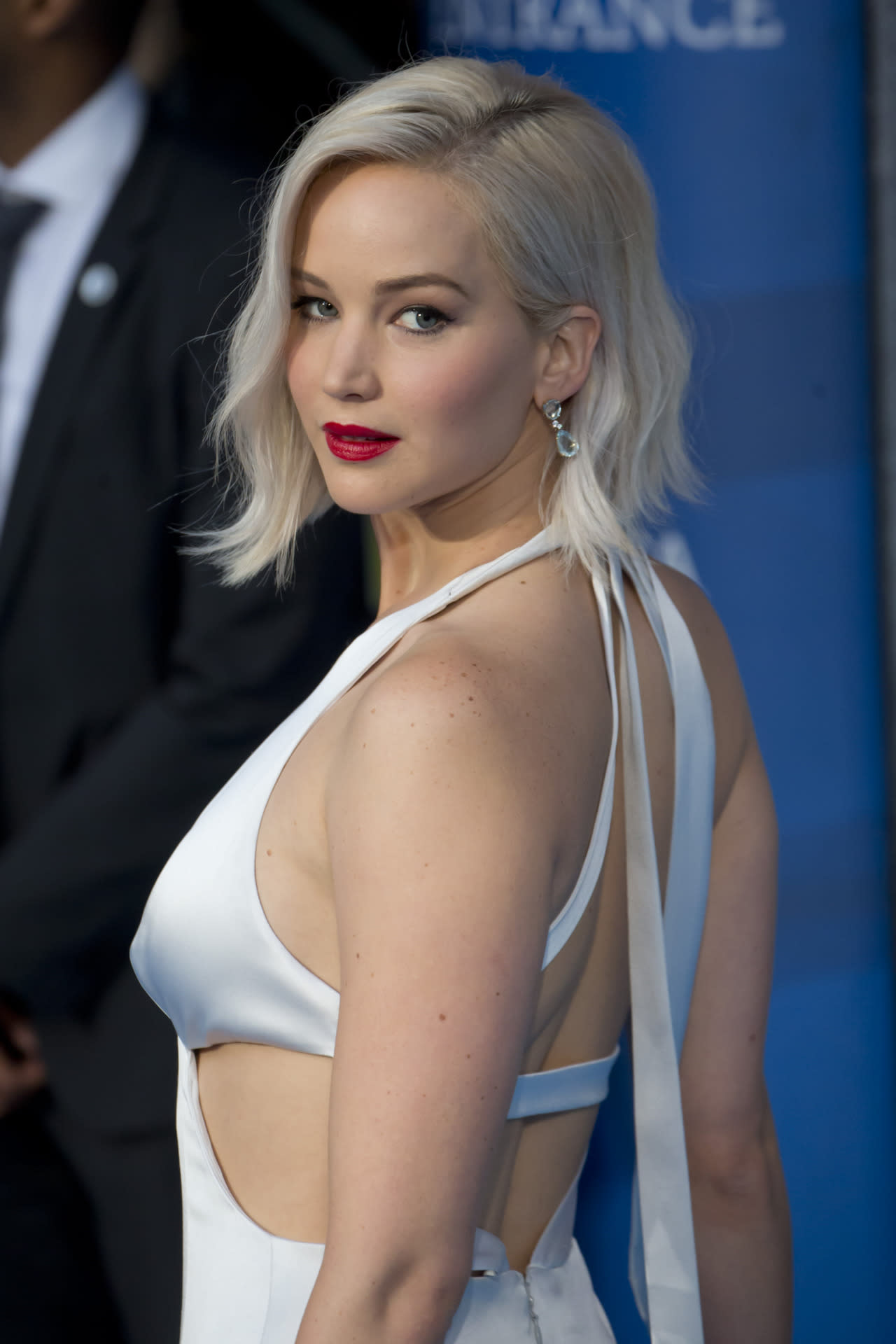 Can Jennifer Lawrence's Hair Defy the Laws of Space and Time?