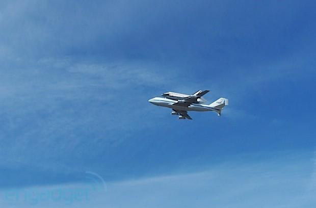 Vizualized: Bay Area bids adieu to Space Shuttle Endeavour (update: video)