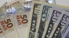 Dólar recua ante real após salto da véspera; mercados aguardam Powell