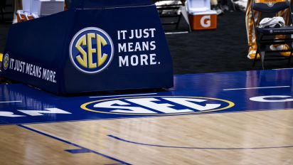 SEC presidents vote to accept OU and Texas