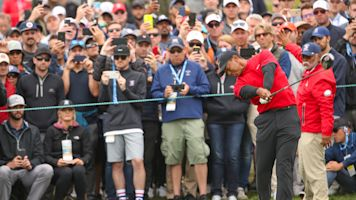 Tiger at his worst, then his best, in final round