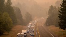 'I have never seen anything like this': Oregon towns emptied and confusion spreads amid fires