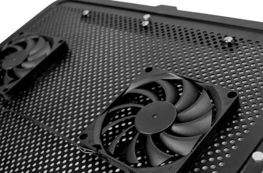 NZXT's Cryo E40 laptop cooler sends a pleasant breeze wherever you like