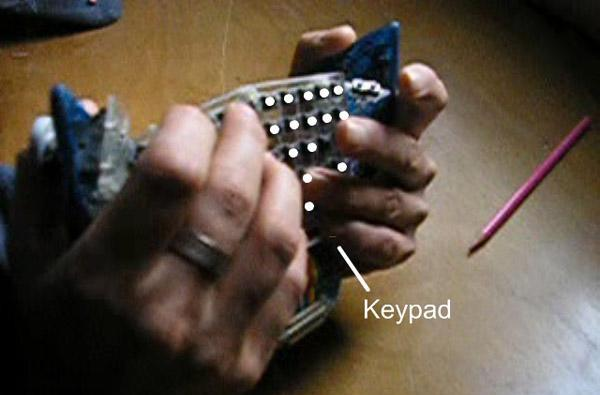 Back-typing keyboard prototype doesn't need a desk, your attitude