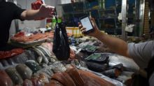China cashing out as mobile payment soars