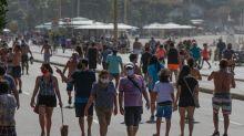 Pela 3ª vez seguida, Brasil supera mil mortes de covid-19 em 24h